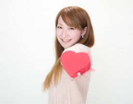 --www.pakutaso.com-shared-img-thumb-PAK85_prezentforyou1039